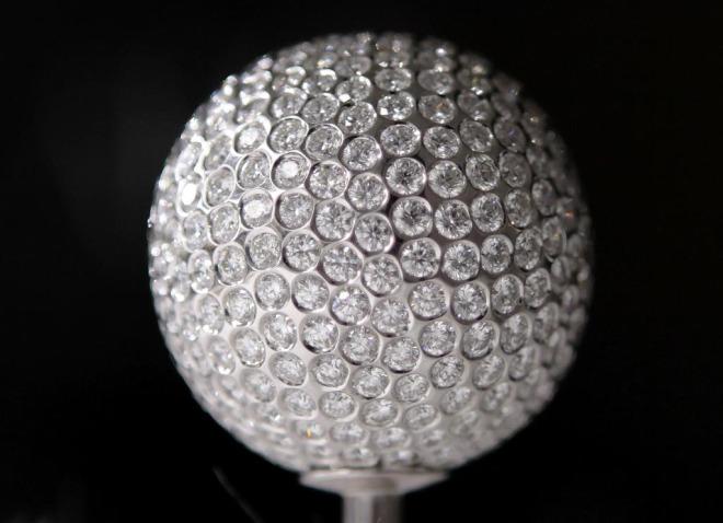 Bola de golf de diamantes