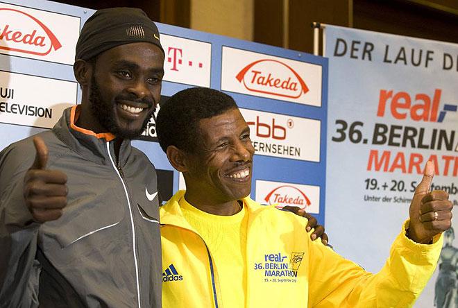Haile Gebrselassie y Duncan Kibet