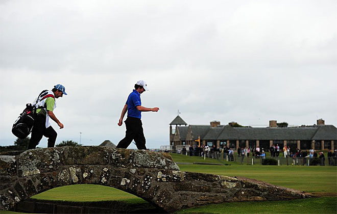 McIlroy quiere dejar de ser 'el futuro' del golf y ser 'el presente'. De momento comenz� con la mejor primera tarjeta de la historia, con 63 golpes.