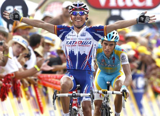 El espa�ol Joaqu�n 'Purito' Rodriguez del equipo Katusha, se ha impuesto en la duod�cima etapa del Tour de Francia, entre Bourg de Peage y Mende. Segundo ha sido Alberto Contador, que as� se acerca en la general al l�der de la ronda gala.