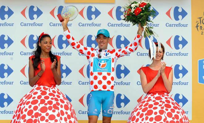 Tras luchar por el maillot por puntos surante todo el Tour de Francia, el francés Charteau ya sólo le queda disfrutar de lo conseguido hasta el momento.