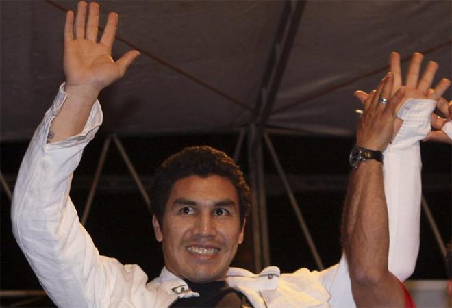 El jugador Caba�as fue homenajeado en Itawa, su ciudad natal. El paraguayo sigue con su recuperaci�n despu�s de que recibiera hace meses un disparo en la cabeza.