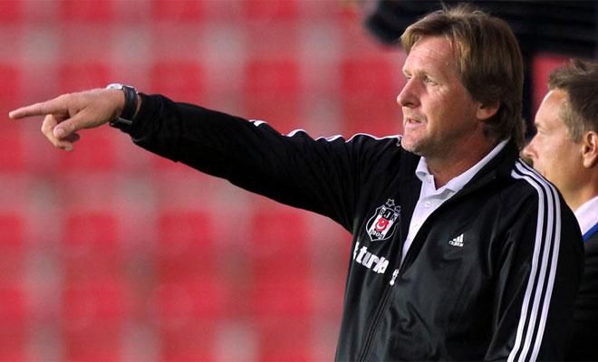 Bernd Schuster trabaja a destajo con su nuevo equipo.