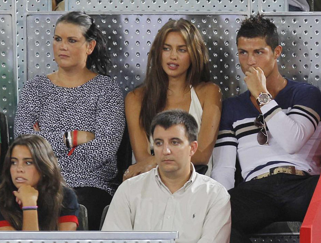 El jugador del Real Madrid estuvo en la Caja M�gica viendo a la �BA.