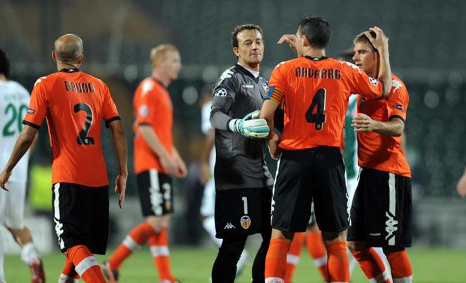 Soldado se encarg� de cerrar la goleado con su primer gol oficial como valencianista. Los de Emery cumplieron su misi�n y se llevaron los tres puntos del infierno turco.