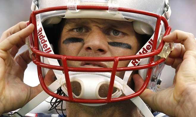 Tom Brady, quaterback de los New England Patriots, es uno de los mejores jugadores de la NFL, uno de los deportistas mejor pagados del mundo, alto, guapo, joven... y marido de la famosa modelo Gisele B�ndchen.