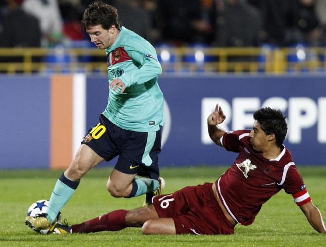 Messi sali� en la segunda mitad y volvi� a jugar tras su lesi�n