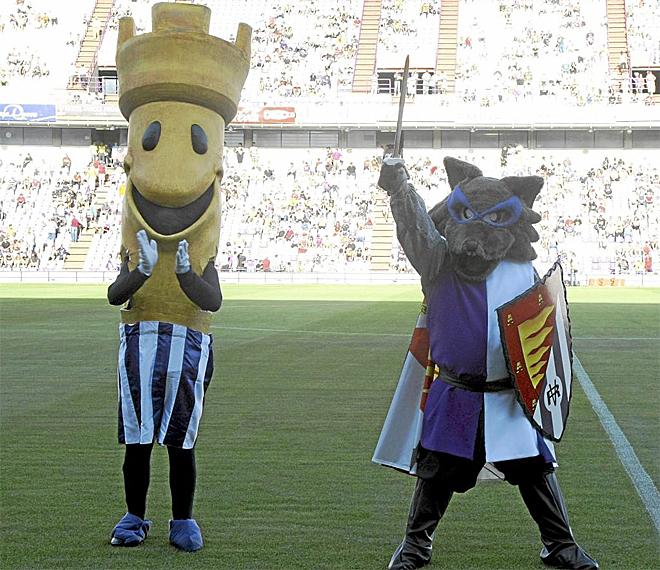 Pucelo se despidi� la temporada pasada como mascota del Valladolid. Su lugar lo ha ocupado Jos� Zorrillo, un zorro con los colores blanquivioletas.
