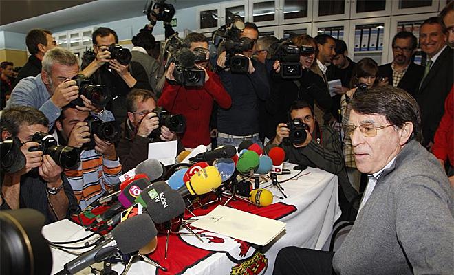 El director de la Federaci�n espa�ola de Atletismo fue uno de los hombres se�alados. Se pidi� una dimisi�n que el protagonitsta ni se plante�