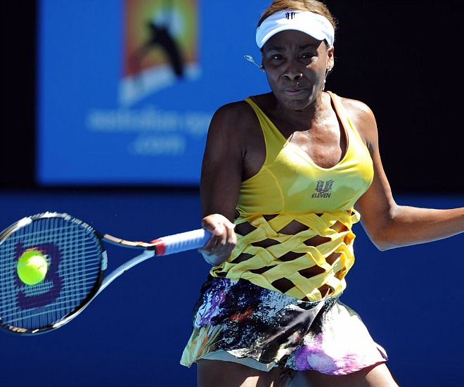 Venus Williams sorprendi� a todos con un espectacular modelo para jguar el partido de segunda ronda del Open de Australia contra la checa Sandra Zahlavova.