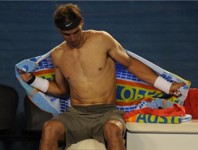 El balear se ha dejado la piel sobre el cemento australiano para avanzar a los octavos de final del primer Grand Slam de la temporada.