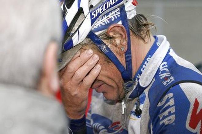 Wouter Weylandt conmovió al mundo del ciclismo cuando rompió a llorar tras su sufrida victoria en la Nokere Koerse de 2008.