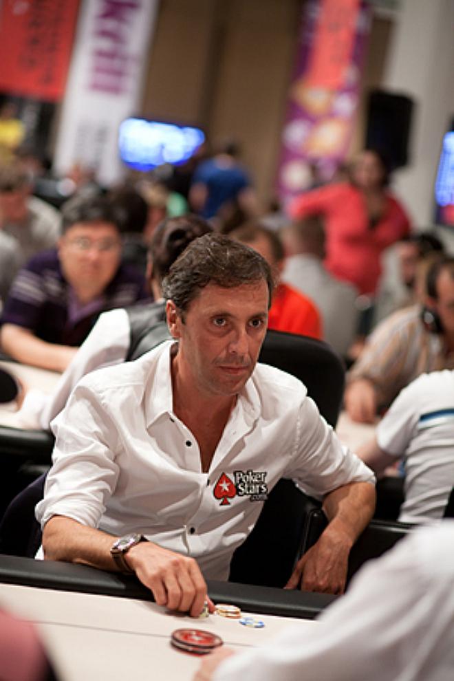 Paco González, uno de los rostro conocidos que acudieron al evento paralelo.