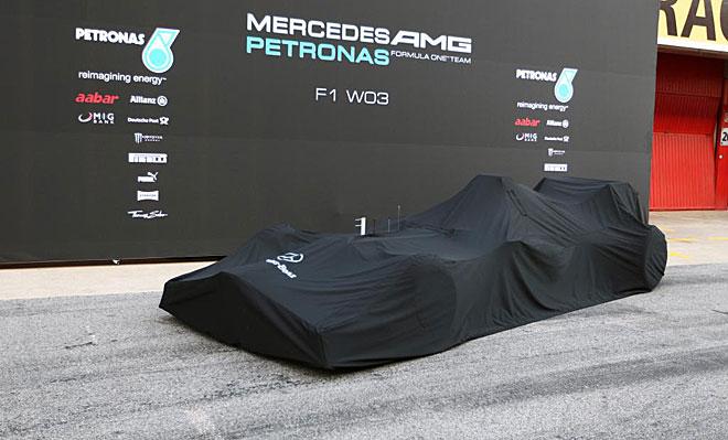 Mercedes presentó en la mañana de este martes su tercer monoplaza con denominación de origen, es decir, desde que es Mercedes en cuerpo y alma, en chasis y motor.