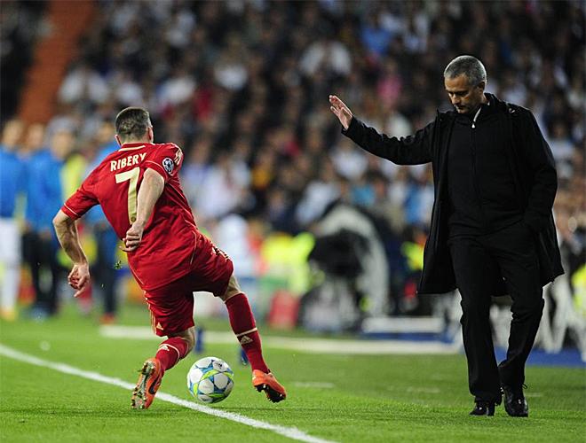 Mourinho estuvo durante todo el partido encima de la jugada sin perder ning�n detalle del encuentro.