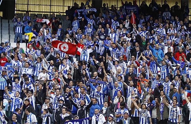El Deportivo venci� al Celta en Bala�dos, en el derbi gallego, para alegr�a de toda su afici�n.