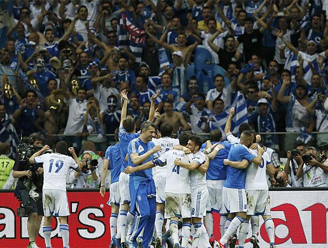 La parte griega disfrutó de la fiesta en el estadio polaco.