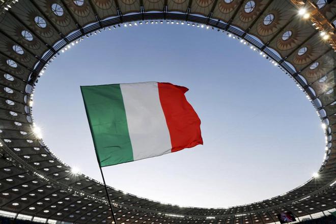 Repasa las mejores im�genes del duelo de cuartos de final de la Eurocopa entre las selecciones inglesa e italiana, disputado en Ol�mpico de Kiev.