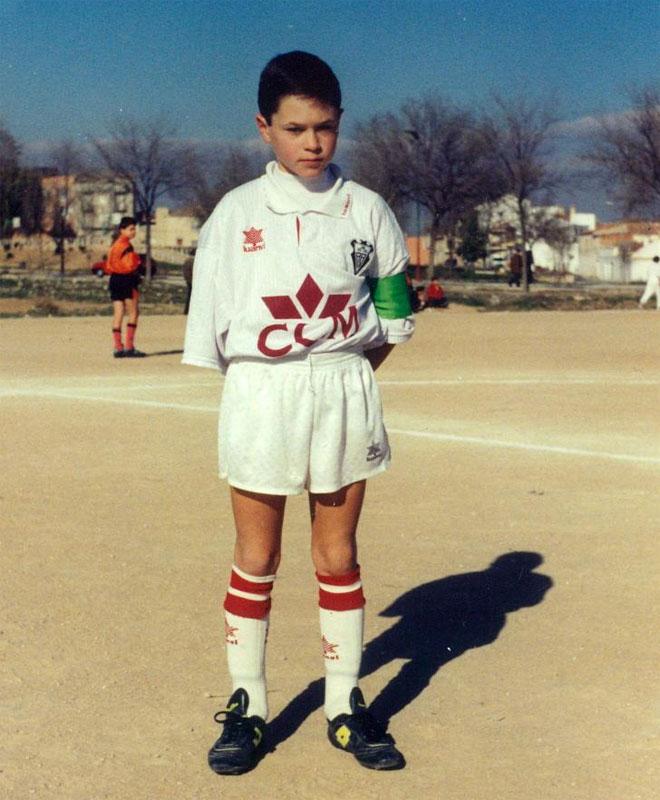 Andrés Iniesta dio sus primeros pasos en el mundo del fútbol en la cantera del Albacete.