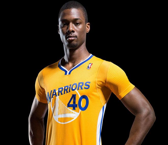 Tras a�os de desarrollo ADIDAS y los Warriors presentan la camiseta m�s ligera de la NBA
