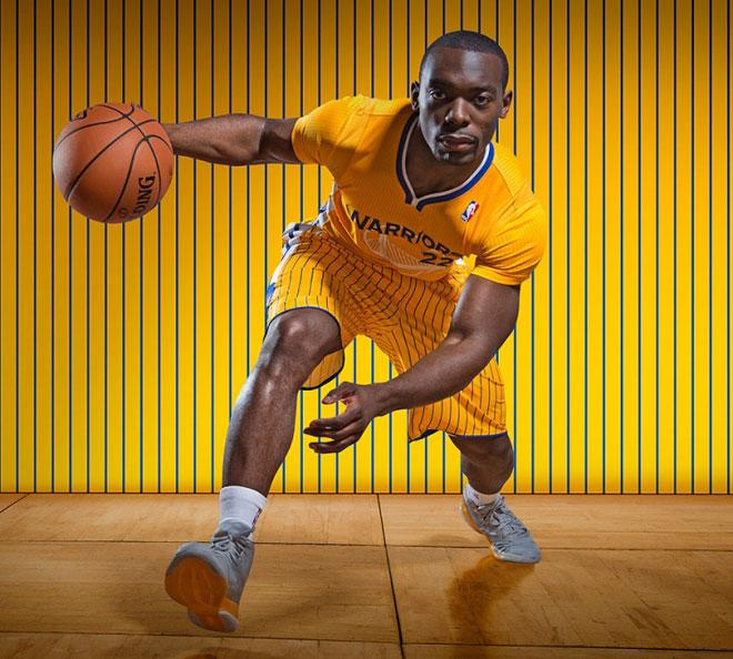 El uniforme entero que los Warriors usar�n en algunos martidos concretos esta temporada luce as�.