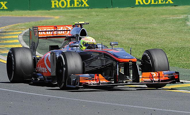Si Button no estuvo fino, Checa estuvo aún peor. El McLaren no va.