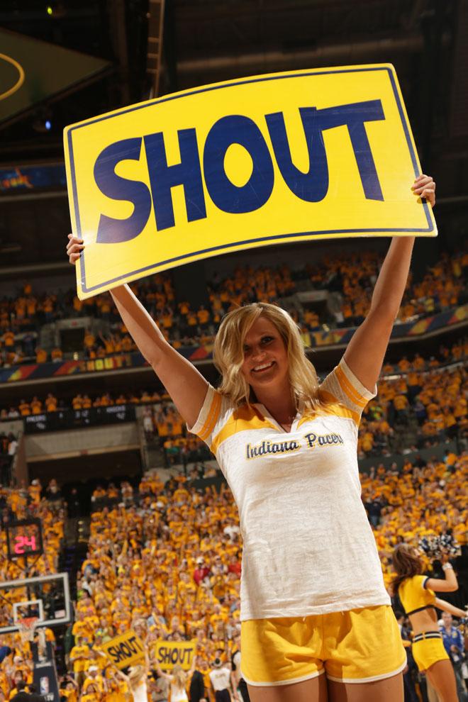 Las cheerleaders de los Pacers ayudaron a su equipo a ganar y eliminar a los Knicks.