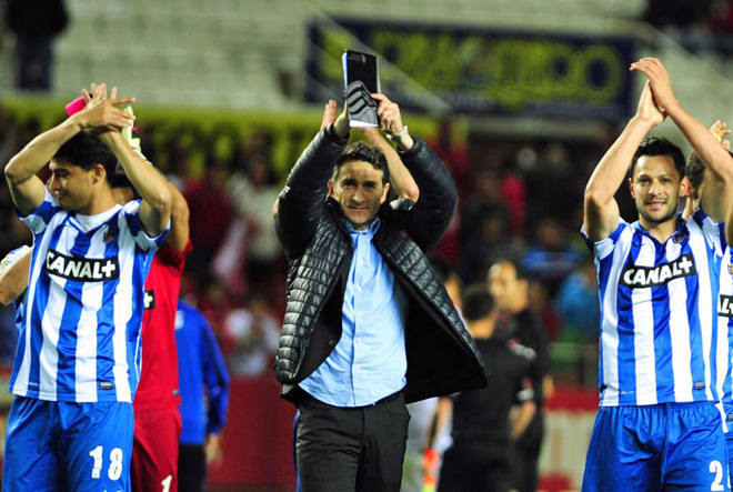 La Real Sociedad, con su importante triunfo en el Sánchez Pizjuán (1-2) sigue el duro pulso con el Valencia por clasificarse para la Liga de Campeones; mientras que el Sevilla pierde toda su ilusión de seguir en la pelea por volver a jugar un torneo europeo.