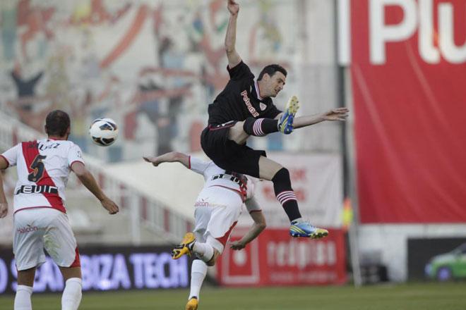 Rayo y Athletic empataron (2-2) en el partido que cerró la mejor temporada de la historia del club franjirrojo. Vázquez adelantó a los locales, Susaeta y Aurtenetxe remontaron el encuentro y Piti puso las tablas definitivas al marcador.