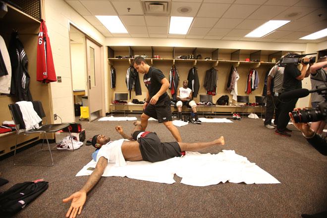 Indiana Pacers ha conseguido forzar el s�ptimo encuentro gracias a su pareja de moda Hibbert-George. En un sexto encuentro repleto de emoci�n, repasa las mejores im�genes de la noche NBA con el objetivo m�s cotilla.