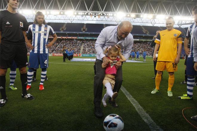 Un combinado de jugadores y ex jugadores del Espanyol se midió a un combinado de jugadores de la Liga para recordar a Dani Jarque.