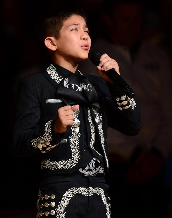 Sebastien De La Cruz, el ni�o que interpret� el himno de Estados Unidos, fue protagonista indirecto de las Finales de la NBA.