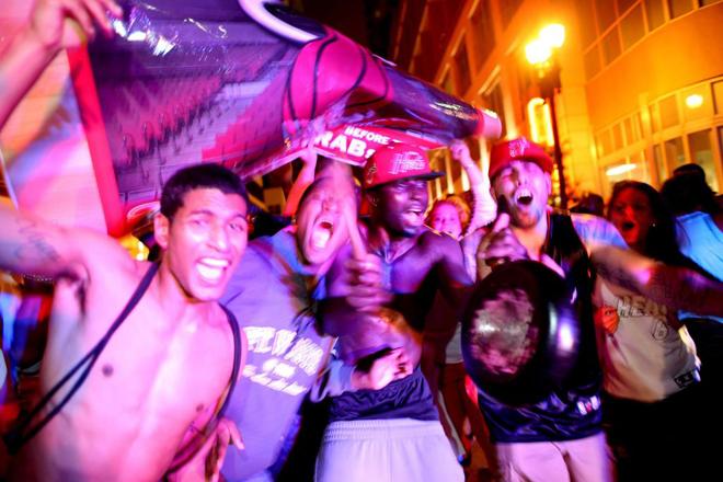 Las calles de Miami se convirtieron en una fiesta tras el triunfo de sus Heat en las Finales de la NBA.