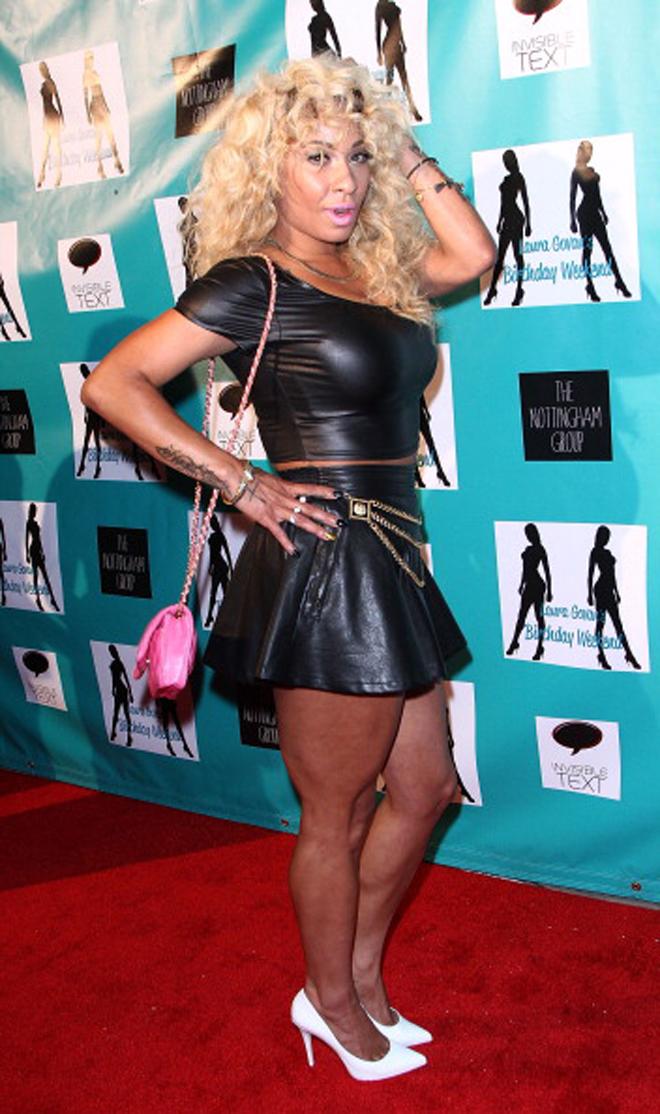 Hazel-e llegando a la fiesta de cumplea�os de Laura Govan organizada por Gilbert Arenas en Beverly Hills