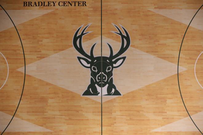 Los Milwaukee Bucks presentaron el dise�o de su nuevo parqu�