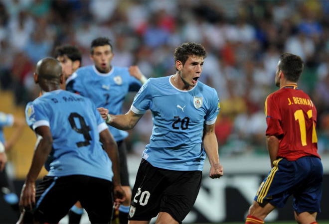 Los chicos de Lopetegui no pudieron evitar las l�grimas tras perder con Uruguay y decir adi�s al Mundial sub 20. Aqu� tienes las im�genes m�s impactantes.