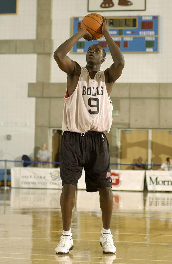 La mayoría de estrellas de la NBA han pasado por la Summer League de Orlando o de Las Vegas. Disfruta con las primeras imágenes de los jugadores más importantes del mundo cuando eran unos recién llegados a la liga.