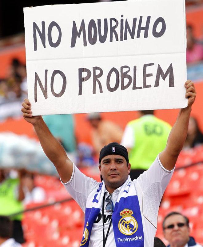 El ex t�cnico del Real Madrid ha lanzado dardos contra su ex equipo y contra Cristiano. La afici�n en Miami responde.