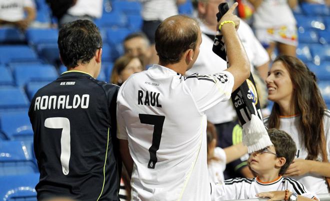 Cristiano y Raúl, los dos jugadores más importantes de la historia reciente del club,