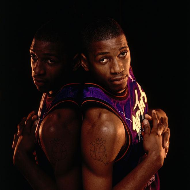 """Recordamos en imágenes la carrera de <strong><a href=https://www.marca.com/2013/08/27/baloncesto/nba/noticias/1377580883.html>Tracy """"¿Por qué eres tan bueno?"""" McGrady</a></strong>, uno de los mejores jugadores de los tres últimos lustros. <strong>'T-Mac'</strong> ha anunciado que <strong><a href=https://www.marca.com/2013/08/27/baloncesto/nba/noticias/1377578720.html>se retira de la NBA</a></strong>."""
