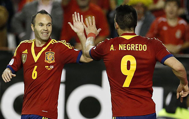Andrés Iniesta assisted Álvaro Negredo for the Spain's first goal in his hometown Albacete.