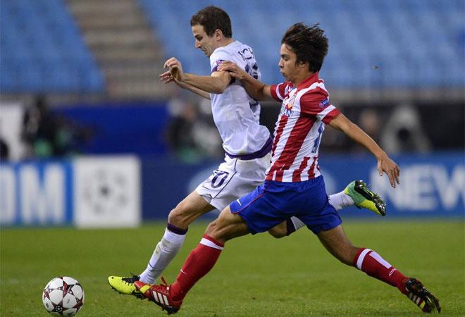 El Calderón pudo disfrutar 45 minutos de Óliver Torres, que apareció en el campo en detrimento de Adrián.