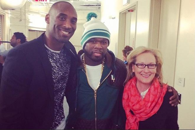 Kobe Bryant colg� una foto en su cuenta de Instagram junto al rapero y actor 50 Cent y la oscarizada actriz Meryl Streep. Los tres estuvieron en el Madison viendo el partido entre Knicks y Lakers.