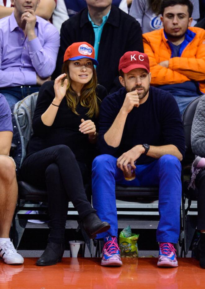 La actriz Olivia Wilde, famosa en España por su papel en 'House', ha fichado por los Clippers para dar brillo, glamour y fama al eterno 'pariente pobre' de Los Ángeles a pie de pista.