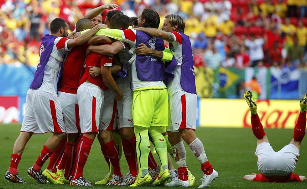 Suiza fue una piña tras el gol de la victoria.