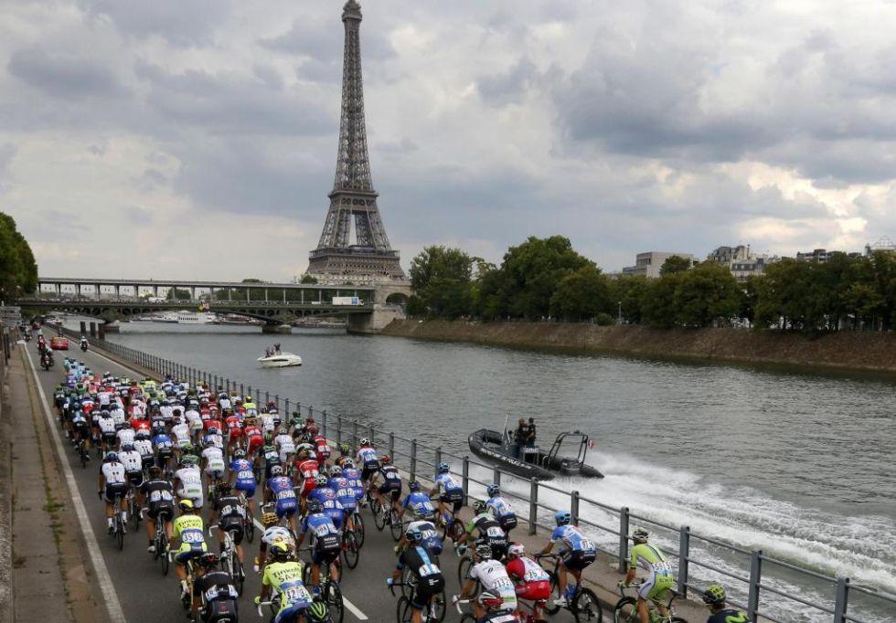 París volvió a vestirse de gala para acoger el final del Tour de Francia.