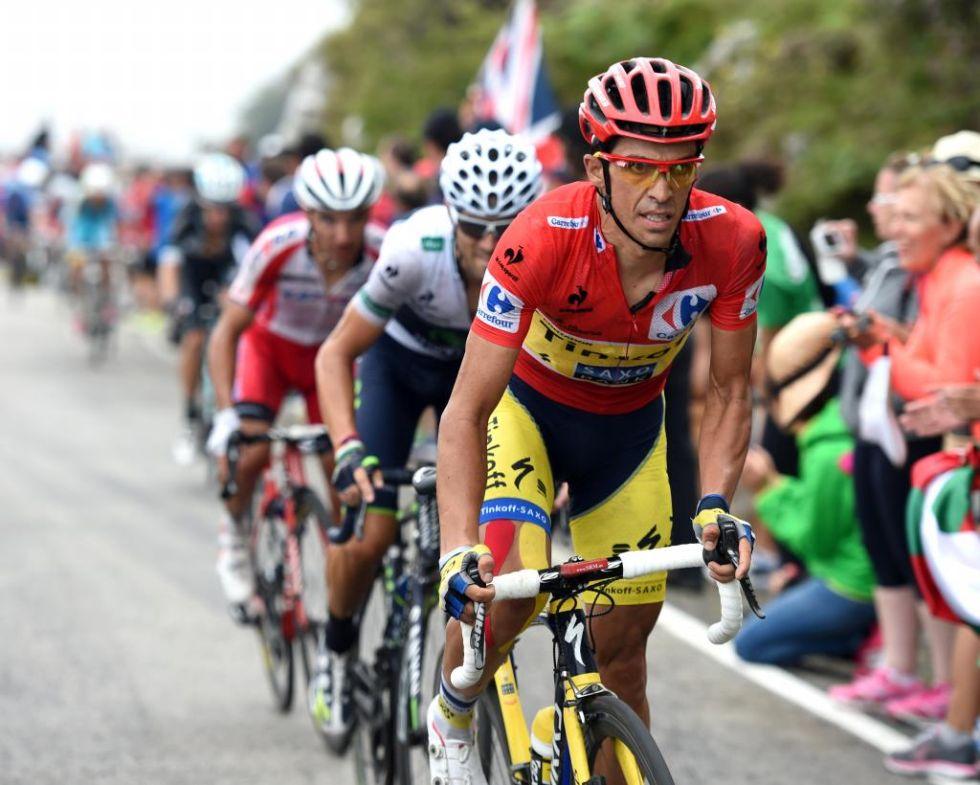 Los tres favoritos espa�oles de la general, Contador, Valverde y Purito, no pudieron dejar fuera de combate a Froome debido a su falta de entendimiento en el ascenso a los Lagos de Covadonga.