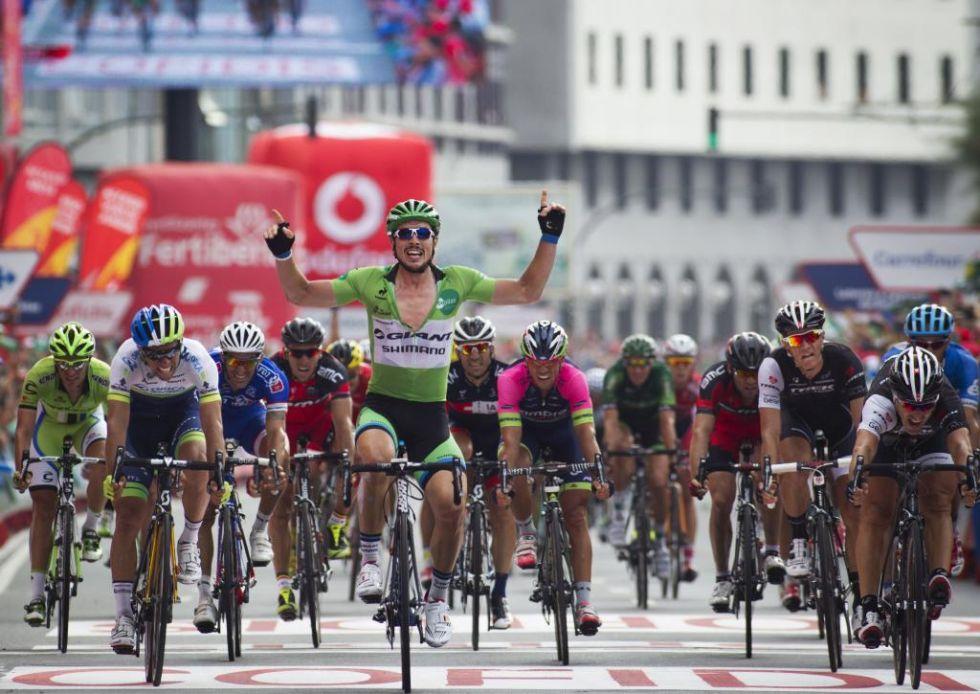 Degenkolb no tuvo rival en el sprint de A Coru�a y ampli� su diferencia en el maillot verde de los puntos.