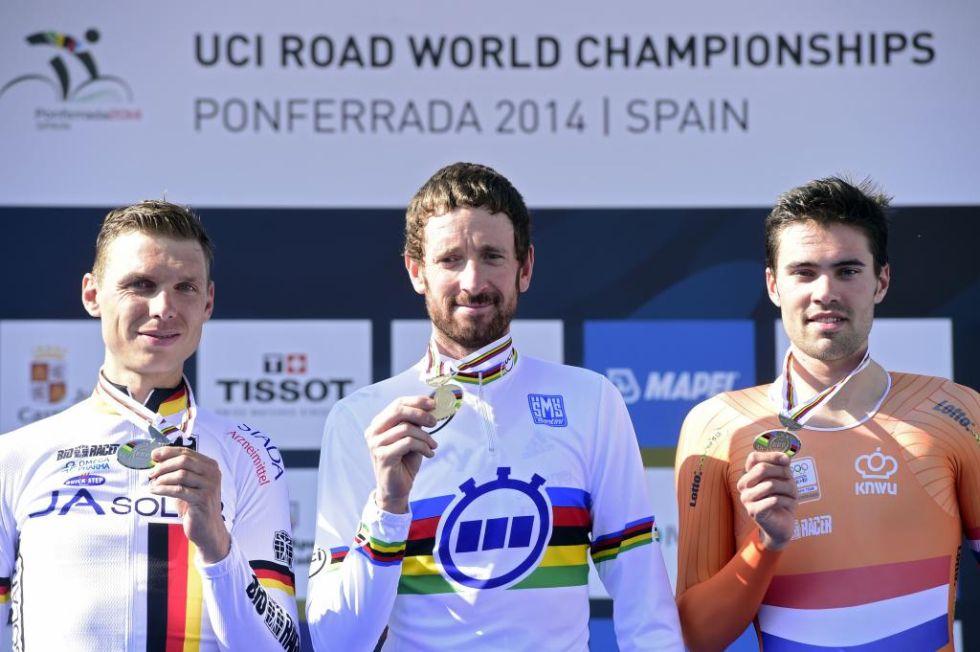 Bradley Wiggins logr� la medalla de oro por delante de Tony Martin, que fue plata, y del holand�s Tom Dumoulin, que se llev� el bronce en la contrarreloj del Mundial de Ponferrada.