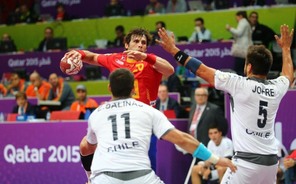 Las imágenes de la goleada de España sobre Chile en la tercera jornada del Mundial de balonmano Qatar 2015.